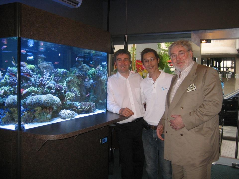 This is Ace Yeow the owner of Harlequin Marine in Singapore with David Saxby and Stuart Bertram at the opening of his fantastic new aquatic showroom in 2007.Anyone in Singapore should visit Ace as I have never seen such a selection of hard corals before as in his showroom.